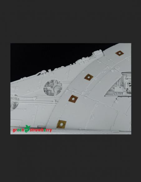 YT-1300 Millennium Falcon PG - Landing and position lights - Greenstrawberry-most realistic sci-fi and photoetch models