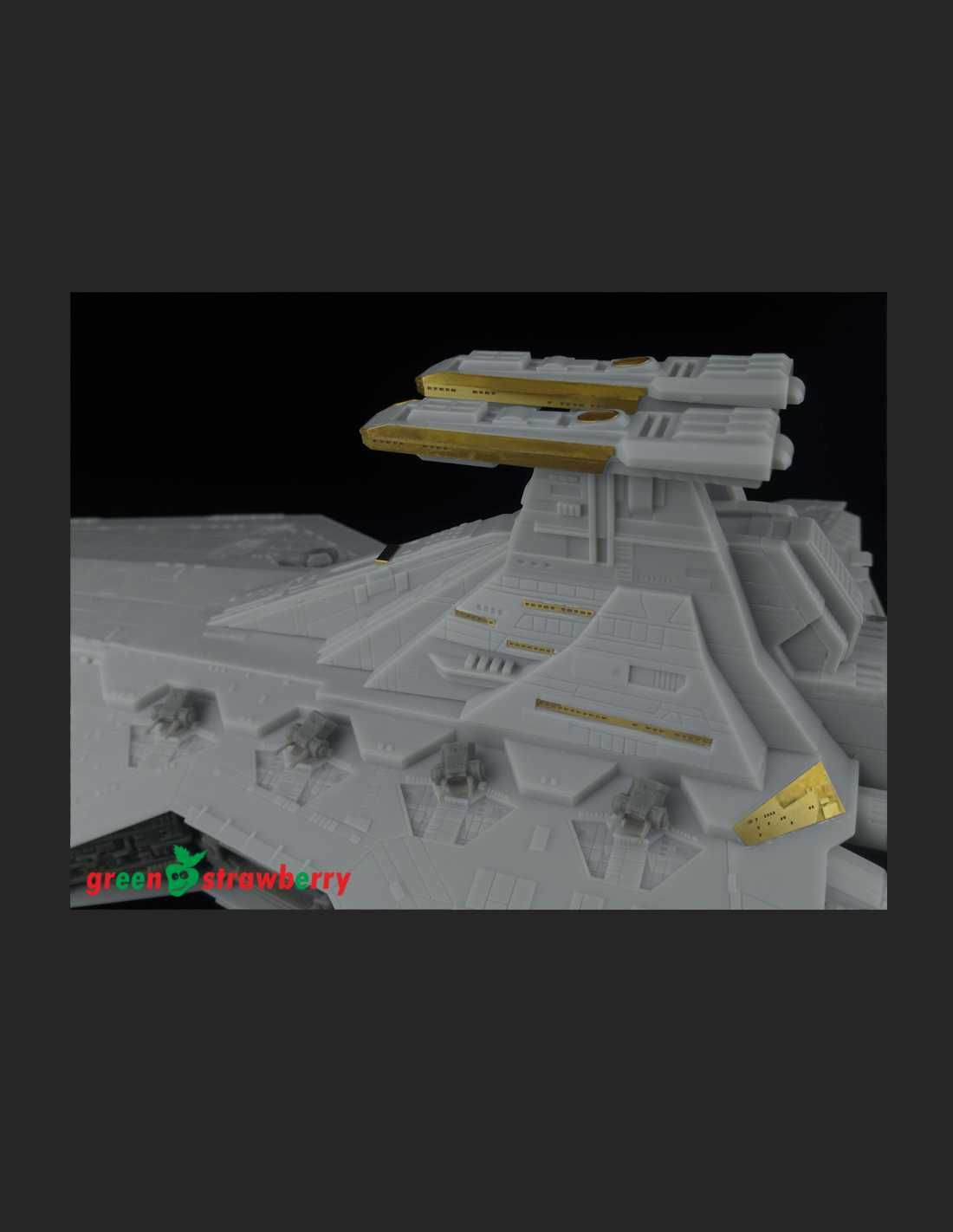 Green Strawberry 1//2274 Venator Class Star Destroyer Engines /& Exterior