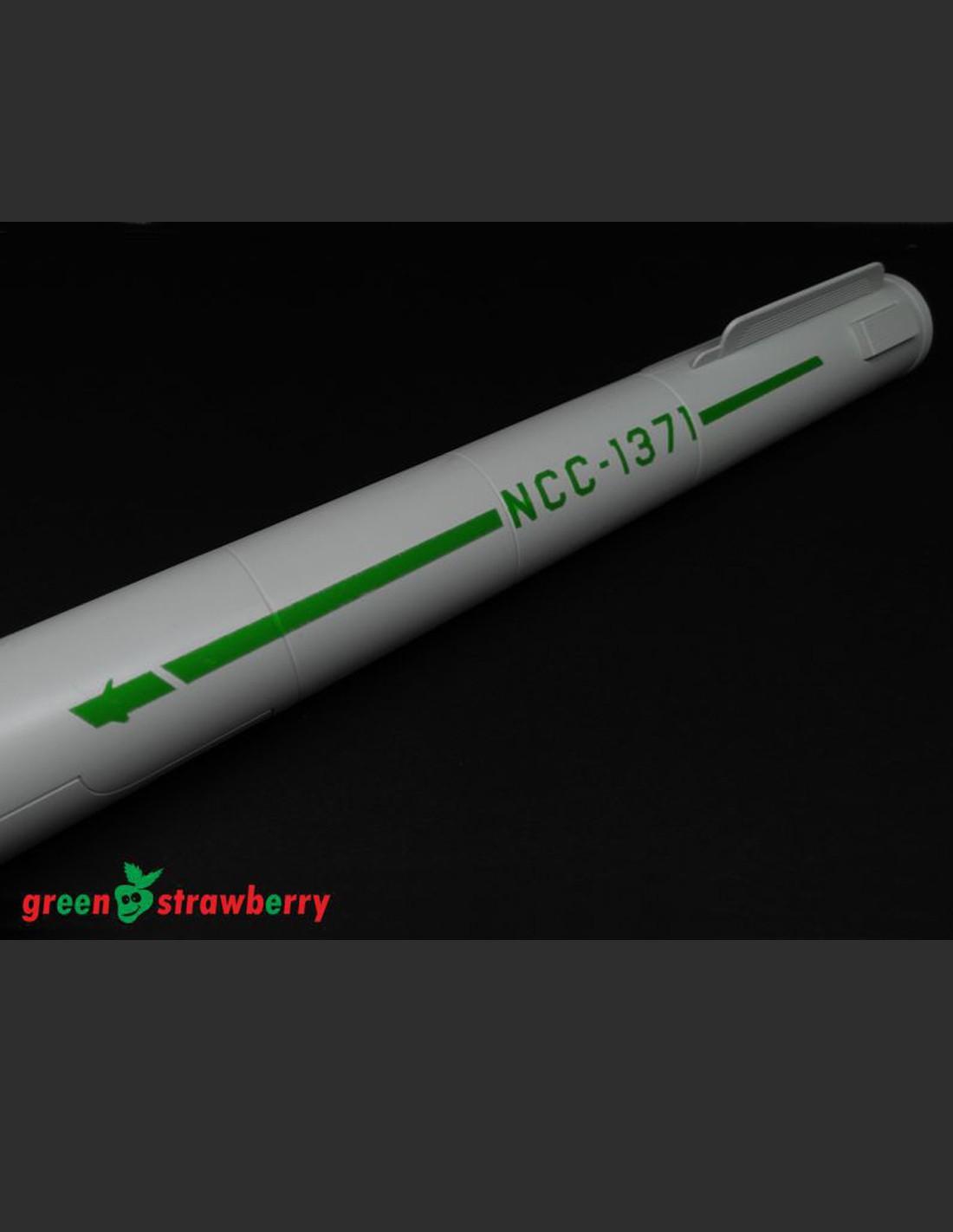 TOS Green Strawberry 1/600 Star Trek Constitution Class Starship ...